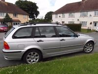 BMW 318 SE Tourer Estate in silver, low mileage for age at 94k.