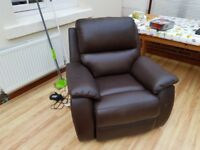 Leather recliner mains operating