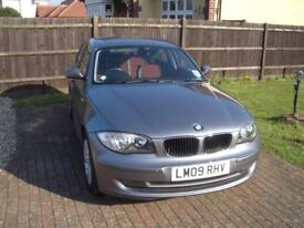 BMW series 1 leather/f+r parking aid/5 dr/ new clutch/ lady owner/£30per year RFL
