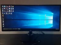 LG 25UM58-P Monitor for sale.