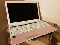 Packardbell Laptop, AMD V110 2.2Ghz, 6GB DDR3, 500GB HDD, Radeon HD HDMI, DVDRW, Win 10, Office