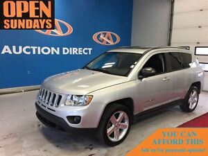 2012 Jeep Compass LIMITED 4X4, SUNROOF, LEATHER! FINANCE NOW!