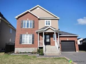 340 000$ - Maison 2 étages à vendre à St-Jean-sur-Richelieu