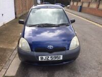 TOYOTA YARIS BLUE 1 LITRE MOT UNTIL FEB 2018 2 KEYS NICE AND CLEAN