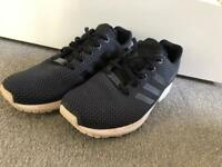 **ADIDAS TRAINERS SIZE 5.5 GREAT CONDITION**