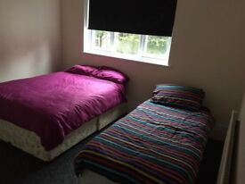 Nice and Clean 7 bed room house to rent near Westcliff Station Southend