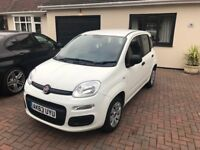 A stunning Fiat Panda 1.2 Pop 5dr in White. Only 9450 miles from new !!! 1 Owner from new,