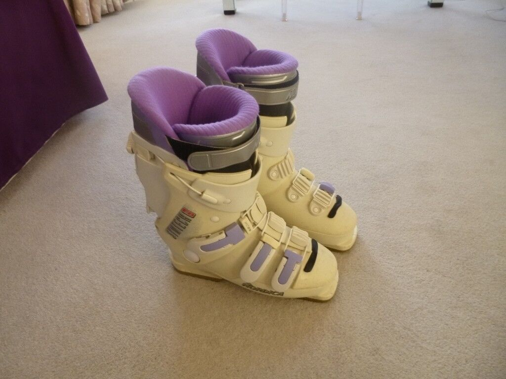 Ski boots 09cc06553