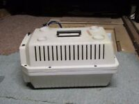 Plastic Small Pet/Animal Carrier