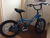 Boys bike. Age 5-7 years.