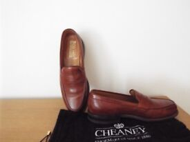 Cheaney Shoes Mens Size 9.5