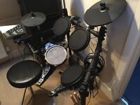 Traps Electronic Drum kit for sale. Nearly new, hardly used.