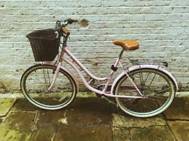 Pastel pink classic bike 💘🚲