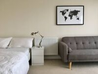 *SHORT LET*MODERN FULLY EQUIPPED APARTAMENT*ZONE 4*COLINDALE* 2 DOUBLE BEDS*SOFA*WI-FI