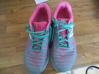 Ladies New Balance trainers in size 5.5 pink/bluey grey