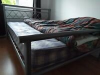 Double Bed Silver Metal Bed Frame with Mattress