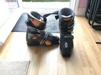 Men's Tecnica Ski Boots Size 7 - Black
