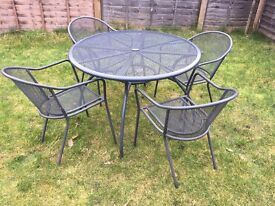 Metal garden table and 4 chairs