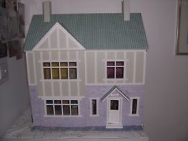 Wooden Dolls House Scale 1/12 Fully Decorated with Furniture