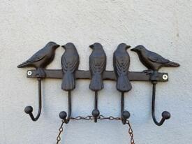 🎄🎁🛍 Lovely cast iron hooks