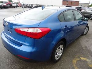 2014 Kia Forte 1.8L LX / NOT A RENTAL / *AUTO* Cambridge Kitchener Area image 6