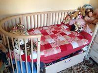 Stokke sleepi cot, cot bed, junior extention kit