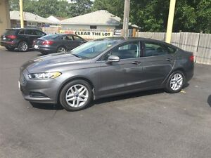 2013 FORD FUSION SE- SUNROOF, REAR VIEW CAMERA, REMOTE TRUNK REL Windsor Region Ontario image 2