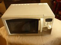 This a 900 w microwave