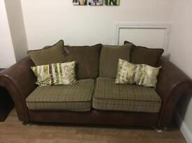 MAKE ME AN OFFER - Large 3 seater furniture villiage sherlock sofa