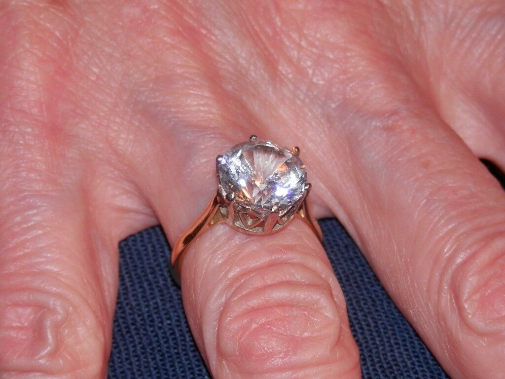 Ladies 4 carat diagem solitaire ring with 18 carat band Size M in ...