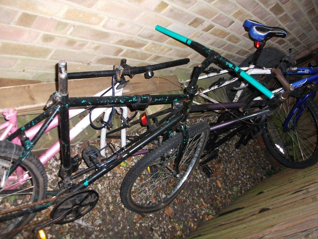 ADULT GENTS BIKES WANTED SPARES OR REPAIR CAN COLLECT BEST PRICE PAID IN / AROUND READING