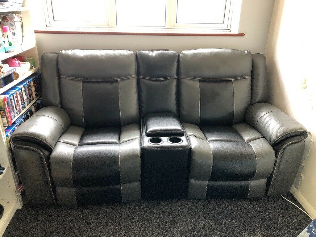 Gumtree Leather Couch