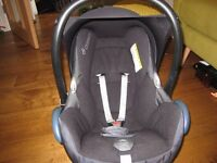 Maxicosi baby infant carrier car seat