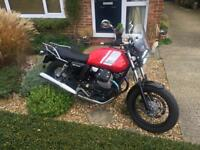 Motor Guzzi V7 11 Special .MINT CONDITION. 2015 .Red .1126 Miles