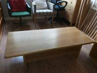 BIRCH WOOD COFFEE TABLE IN GOOD CONDITION
