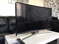 """Samsung 40"""" LED CURVED Smart TV FullHD 1080p BuiltInWifi Immaculate Condition"""