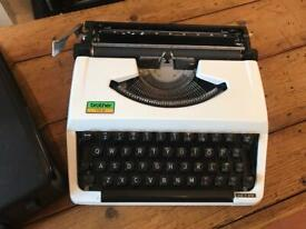 Brother 100 Vintage Portable Typewriter Man Cave Retro Film Prop UK Shipping £12.99