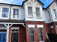 Spacious 2 bedroom garden flat in Harrow Rd, West Worthing for rent