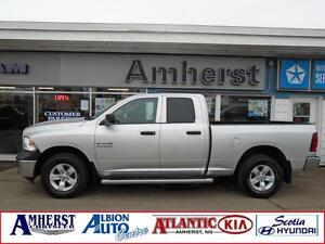 2014 Ram 1500 4x4 v6 ONE OWNER