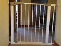 Lindam child safety stair gates x 2 all fixtures and instructions