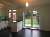 3 Bedroom House In Marshalls Road Romford RM7 7ED