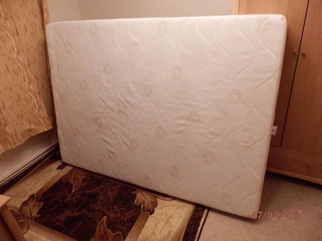Double Mattressin Bracknell, BerkshireGumtree - Double Mattress in good condition. Used. For collection only. Any question please call or send message. Thanks