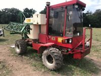 2x sprayer tractors both 4x4 not zetor
