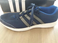 Adidas Navy/white size 7/40 trainers