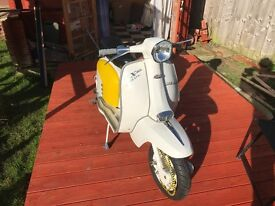 LAMBRETTA 1967 SX150 ALL ITALIAN SCOOT IMMACULATE CONNOISSEURS SCOOT ENGINE & FRAME NUMBERS CORRECT.