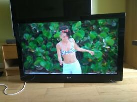 LG TV 42 inch excellent condition