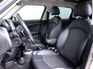 2012 MINI Cooper S Countryman AWD MAGS TOIT PANO CUIR West Island Greater Montréal image 17