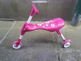 Used pink skuttle bug
