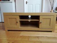 TV stand / bench, Oak Veneer, v good condition