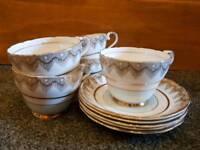 10 Piece Fine English China Tea Cup & Saucer Set